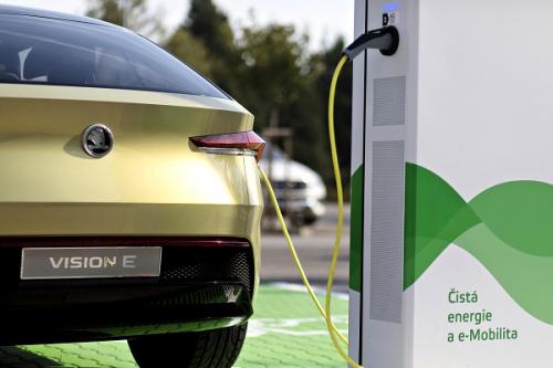 skoda-vision-e-emobility-battery.jpg   ŠKODA AUTO vybuduje v domovské České republice 7 000 dobíjecích bodů pro elektromobily