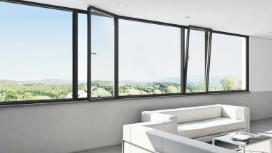 Panoramatický okenní systém Schüco AWS 75 PD.SI v čistém designu lícujících profilů