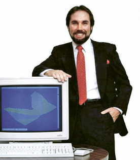 Moje podnikání se vyvíjelo tak, že v roce 1984 jsem měl 100 % příjmů ze zakázkového NC programování. V roce 1985 už to bylo jen 80 %, a v roce 1986 už dokonce celých 90 % mých příjmů pocházelo z prodeje softwaru. Obrátilo se to doslova přes noc.