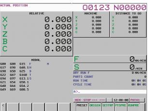 Obrazovka aktuální polohy (relativní) na frézovacím systému se zobrazovací jednotkou 10.4″