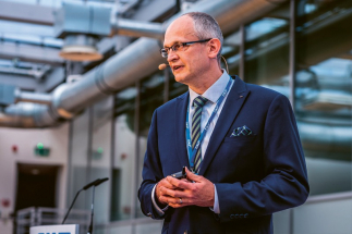 Generální ředitel české pobočky SKF David Poláček upozornil na to, že SKF zavádí principy Průmyslu 4.0 již zhruba od roku 2000