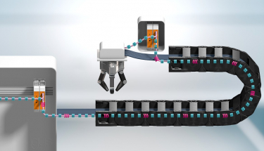 Monitorování inteligentních kabelů v chytrých továrnách: Systém CF.D od igusu včas informuje o změnách přenosu dat ve sběrnicových BUS kabelech    (Zdroj: igus/HENNLICH)