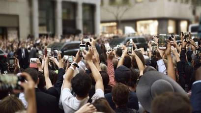 V roce 2025 bychom místo smartphonů mohli používat chytré brýle. (Zdroj: Ericsson)