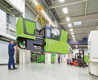Nové centrum ENGEL Technikum je vlastní pilotní továrna, kde se vyvíjejí nové vstřikovací lisy