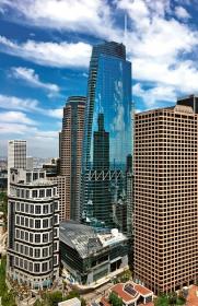Hotel Grand je nejvyšší budova západně od Chicaga