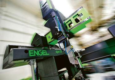 Lineární roboty Engel viper se díky nejnovějšímu vývoji vyznačují ještě flexibilnějším použitím