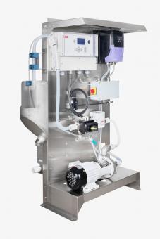 Součástí instalace je pak odvzdušňovací zařízení, typizovaná pumpa a kompresor, který zajišťuje čistotu senzorů.