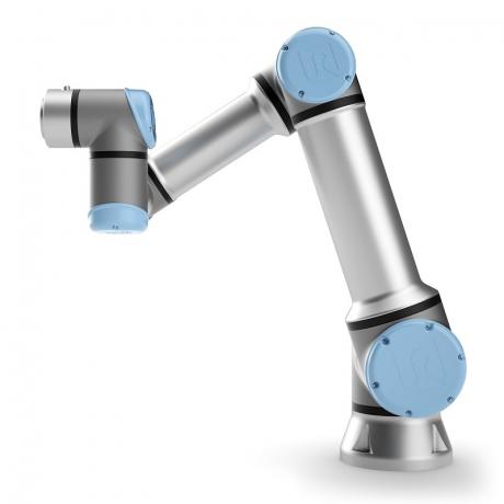 Universal Robots představuje nový model kolaborativního robota UR16e