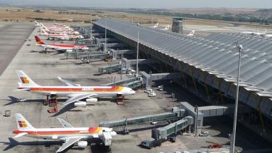 Mezinárodní letiště Adolfa Suáreze, Madrid - Barajas je největší letiště ve Španělsku