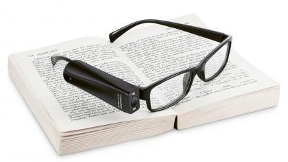 ORCAM zabudoval technologii umělého vidění do nositelného zařízení, které zlepšuje kvalitu života nevidomých a slabozrakých osob a zvyšuje míru jejich soběstačnosti. Své využití najde i u lidí, kteří mají problémy se čtením, včetně dyslexie nebo zrakové únavy.