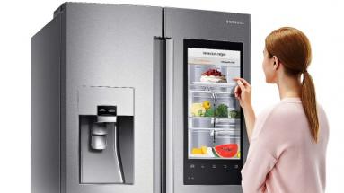 Chladničkám přibývají inteligentní hlasové a obrazové funkce