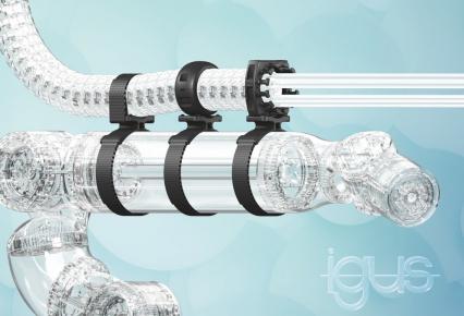 Jedna svorka pro všechny roboty: Nové svorky Lean Robotics se vyrábějí z plastů pomocí vstřikování a lze je nainstalovat pomocí suchého zipu během několika sekund. Jsou k dispozici ve třech variantách a zajišťují zvýšenou spolehlivost spolupráce lidí a robotů. (Zdroj: igus/HENNLICH)