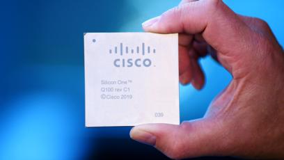 Nová řada směrovačů Cisco 8000 je první platforma postavená na architektuře Silicon One Q100
