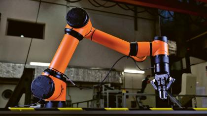 Inteligentní roboty v budoucnu dokážou pochopit lidské záměry a chování. Pokud například někdo spadne na pracovišti, robot rozpozná, zda potřebuje pomoc, a poskytne mu ji.