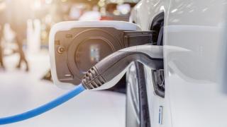 Obnovitelné zdroje, elektromobilita, flexibilita sítí a fluorid sírový /Zdroj: Eaton/