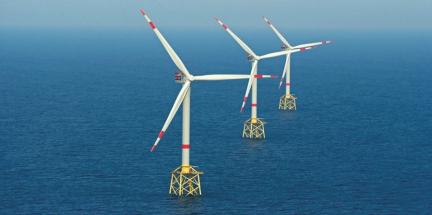 Část větrného parku alpha ventus v Severním moři