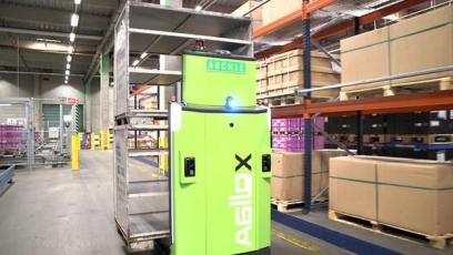 DB Schenker uvádí do provozu autonomní vysokozdvižné vozíky