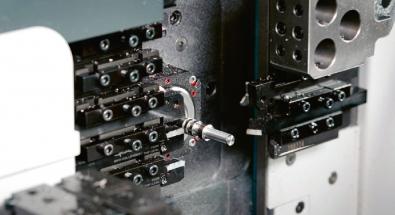 Zapichovací a upichovací nástroj G4014-P/DX18 používaný na automatickém soustruhu švýcarského typu