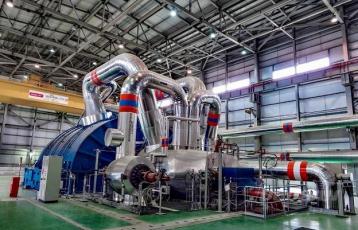 Turbosoustrojí v první paroplynové elektrárně v Uruguayi