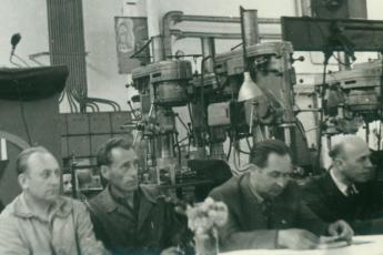 Karel Koutný -druhý zprava- na dobovém snímku z roku 1959