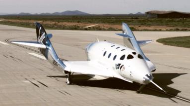 Letos 1. května vzlétla poprvé z kosmodromu Spaceport America v Novém Mexiku vyhlídková kosmická loď SpaceShipTwo