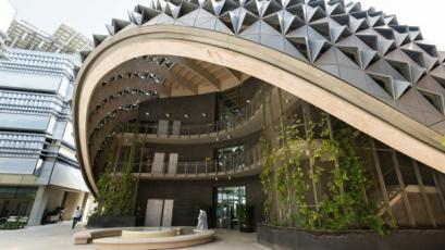 Město budoucnosti Masdar City budují i české firmy