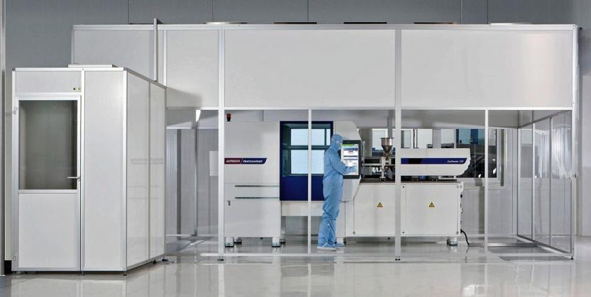 Vstřikovací stroj Wittmann Battenfeld SmartPower 120 v provedení Medical v čistém prostředí