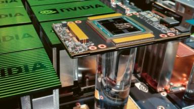 Superpočítač Nvidia DGX-2 pro AI na displeji v GTC 2018 v San Jose v Kalifornii