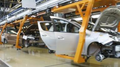 Český autoprůmysl se rozjíždí jen pozvolna