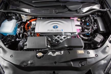 Motor vodíkové Toyoty Mirai