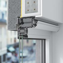 Ventilační systém Schüco VentoFrame Asonic Comfort obsahuje vnější samoregulační klapku a také vnitřní klapku, kterou lze manuálně ovládat, a zajistit tak optimální průtok vzduchu dle individuálních potřeb uživatelů. Zvukově izolační pěna zajišťuje efektivní tlumení hluku.