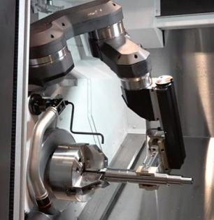 Obr. 6: Rameno robota Armroid v pracovní pozici