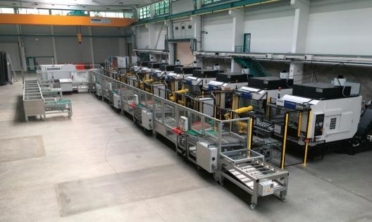 Obr. 7: Montáž robotizované linky v hale Misanu