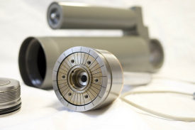 Drážky v pístu snižují časovou odezvu (Foto: archiv Ústavu konstruování)