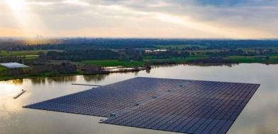 Německo skýtá podle společnosti BayWa teoretický potenciál pro plovoucí sluneční elektrárny až 56 GWp