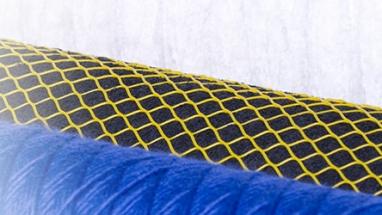 V Sintexu vyrábí nanoroušky a vyvíjí textilie k vícenásobnému použití