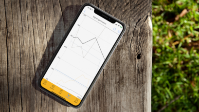 IQANgo se bezdrátově připojuje pro okamžitý přístup k důležitým údajům o výkonnosti