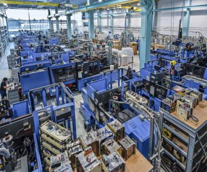 Výroba společnosti Hagleitner pro vstřikování v Zell am See: v rámci celé produktové řady došlo k pětinásobnému zvýšení produkce v reakci na covid-19