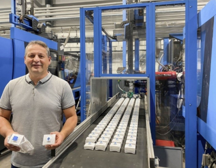 """""""A pak dorazil covid."""" Hans-Jürgen Landl, vedoucí divize vstřikování, dávkovačů a výroby forem ve společnosti Hagleitner, musel ve velmi krátkém čase více než zdvojnásobit produkci, aby uspokojil náhlý nárůst poptávky po dezinfekcích na ruce"""