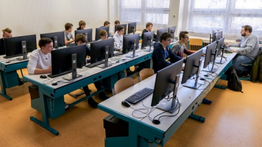 Současní teenageři nemají problémy s informatikou