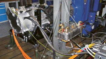 Měření pohonné jednotky ve zkušebně