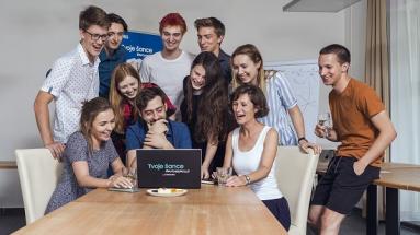 Samsung startuje rozvojový program pro mladé
