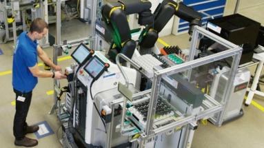 Kolaborativní roboty se ve výrobě stávají čím dál více trendy