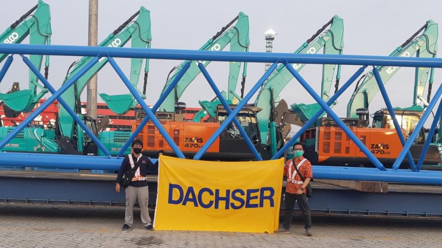 DACHSER zorganizoval přepravu nadměrného těžkého nákladu, náhradního dílu pro opravu jeřábu, z německého Düsseldorfu do Jakarty