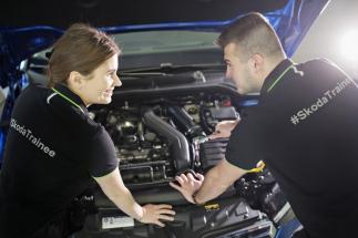 ŠKODA AUTO spouští program pro rozvoj talentů zaměřený na elektromobilitu a digitalizaci