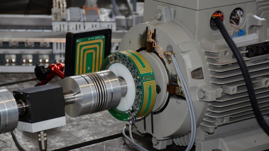 Technologický demonstrátor vyvinutého systému bezdrátového přenosu energie