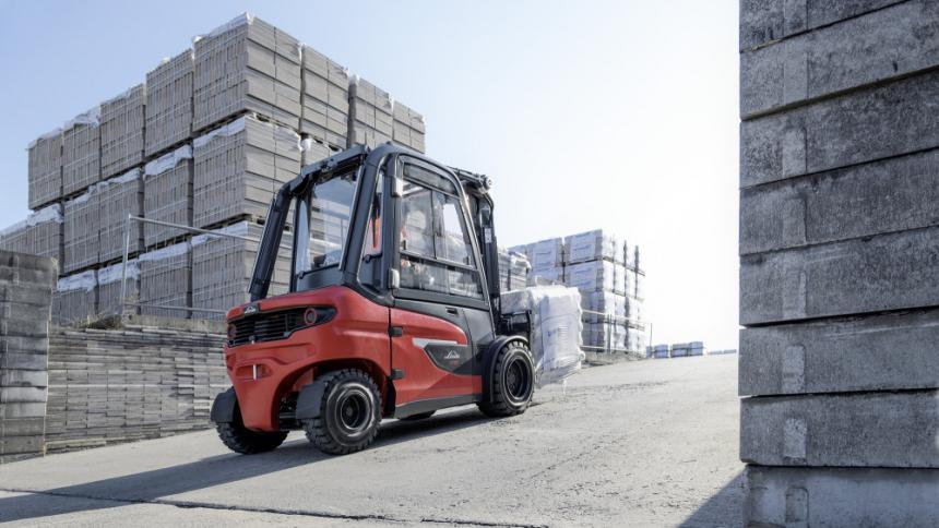 Nové elektrické vozíky X20-X35 jsou schopné splnit vysoké požadavky na výkon – např. na zvládnutí velkých stoupání.