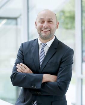 """""""Ke zvýšení prospěchu zákazníka využíváme synergie."""" Hannes Zach, vedoucí prodeje digitálních řešení /Obrázek: ENGEL/"""