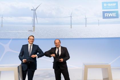 BASF a RWE spojují síly v zájmu bezemisní průmyslové výroby