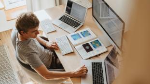 Outsourcing IT služeb trenduje zejména u malých a středních firem /Ilustrační obrázek/